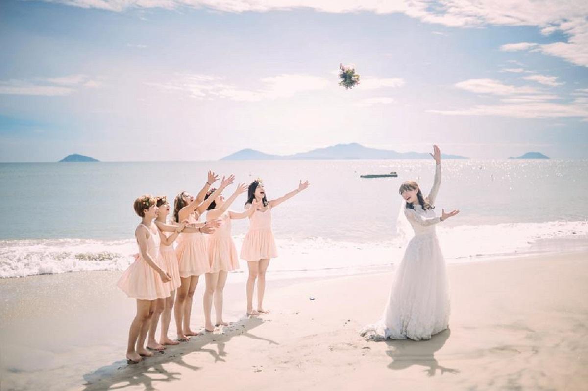 stuido chụp hình cưới ở biển
