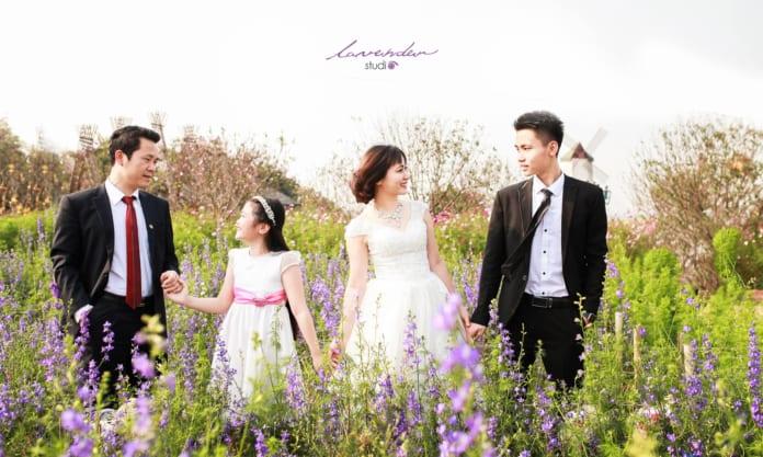 stuido chụp ảnh kỷ niệm ngày cưới