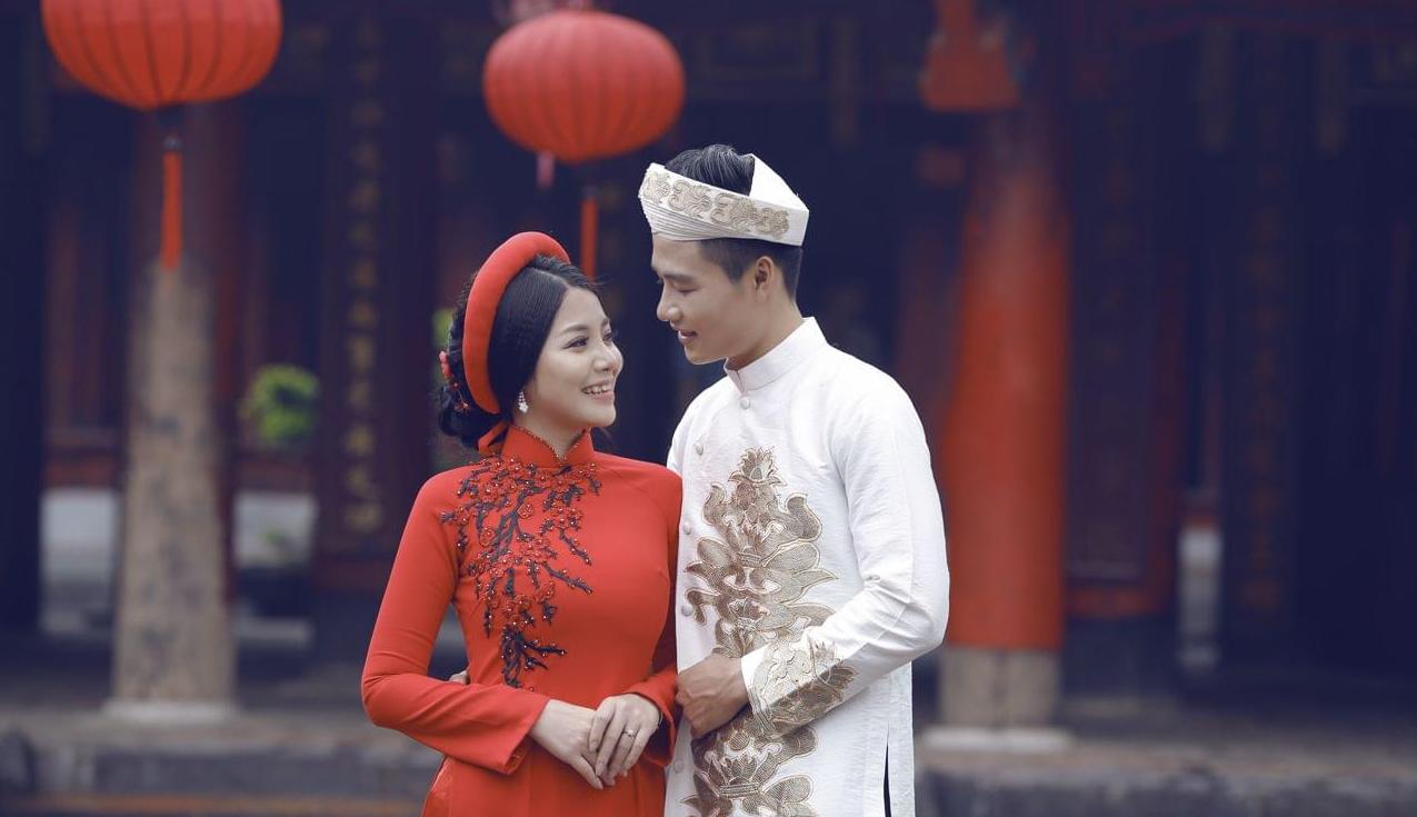 Hướng dẫn cách tạo dáng chụp ảnh áo dài cưới đẹp lụy tim cho cô dâu - chú  rể - Blog Phim Ảnh- Chia sẻ thông tin kiến thức kinh nghiệm lĩnh