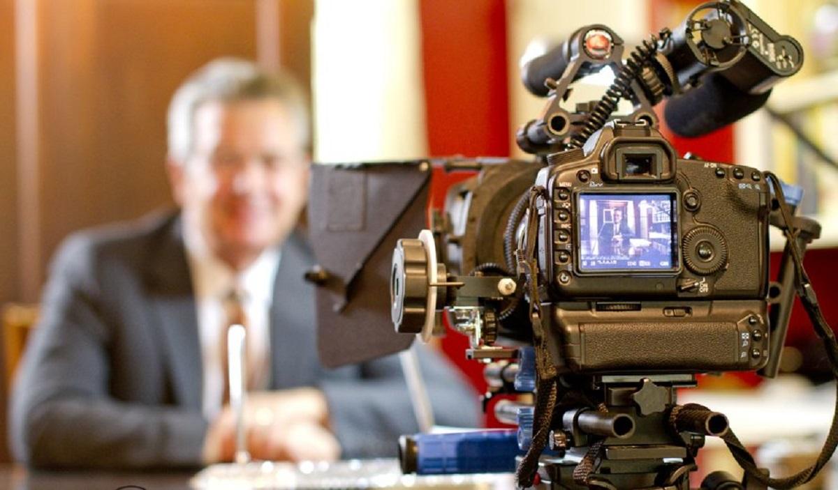 Làm quay phim giới thiệu doanh nghiệp
