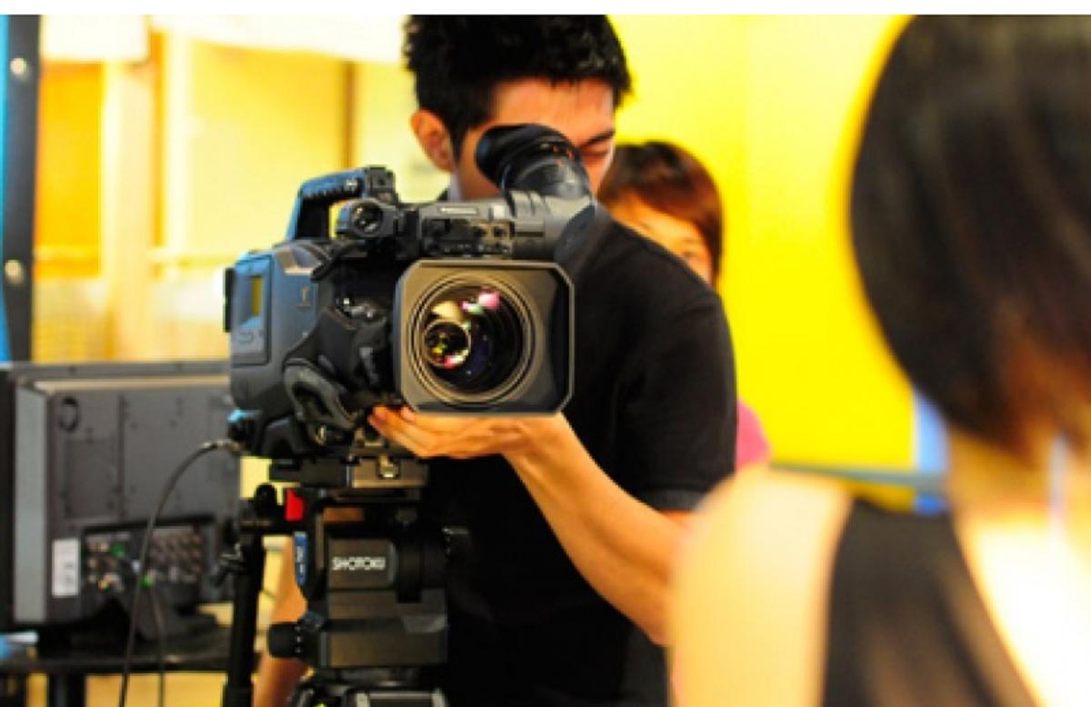 tìm dịch vụ quay phim doanh nghiệp