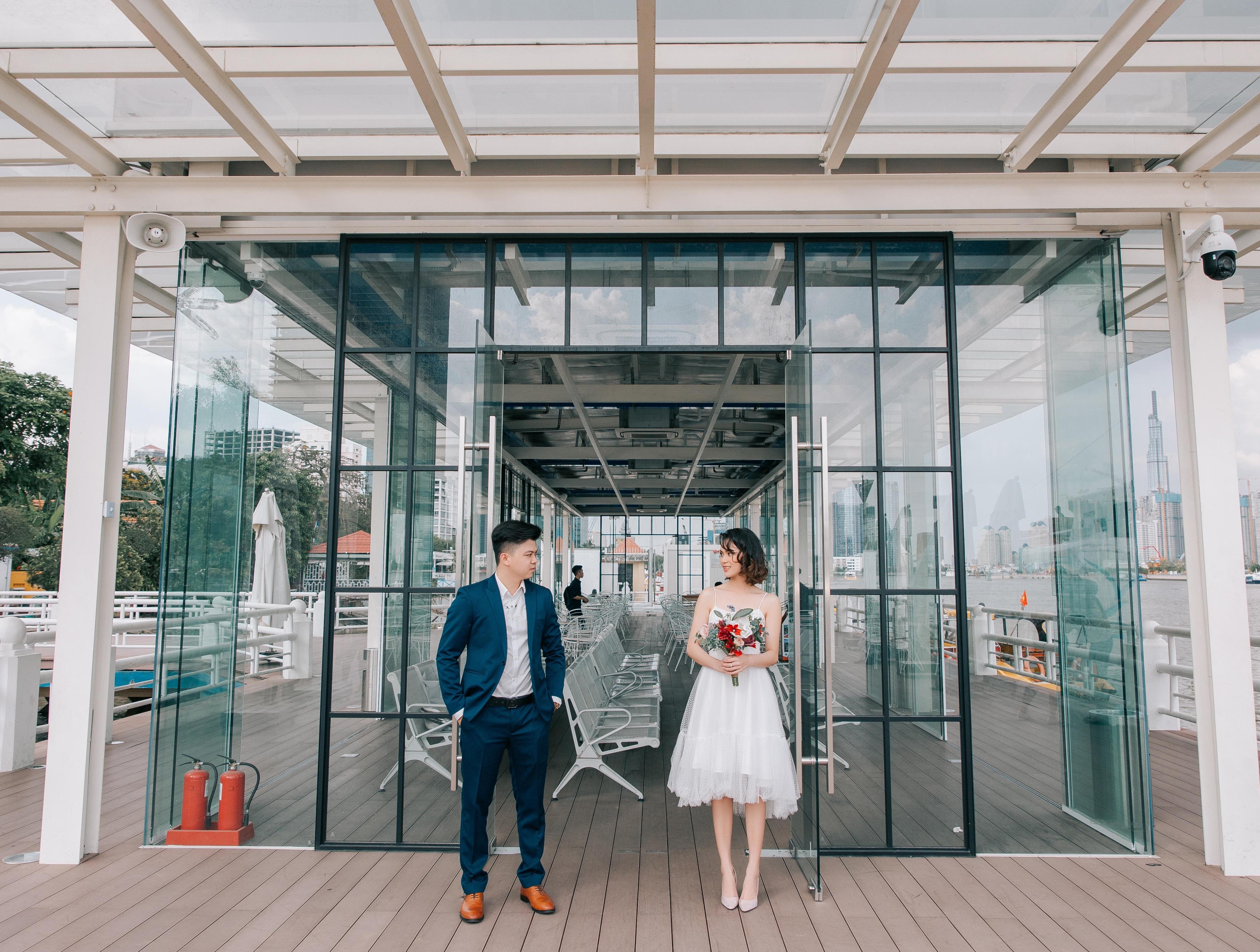 Chụp hình cưới đẹp ở HCM tại bến Bạch Đằng
