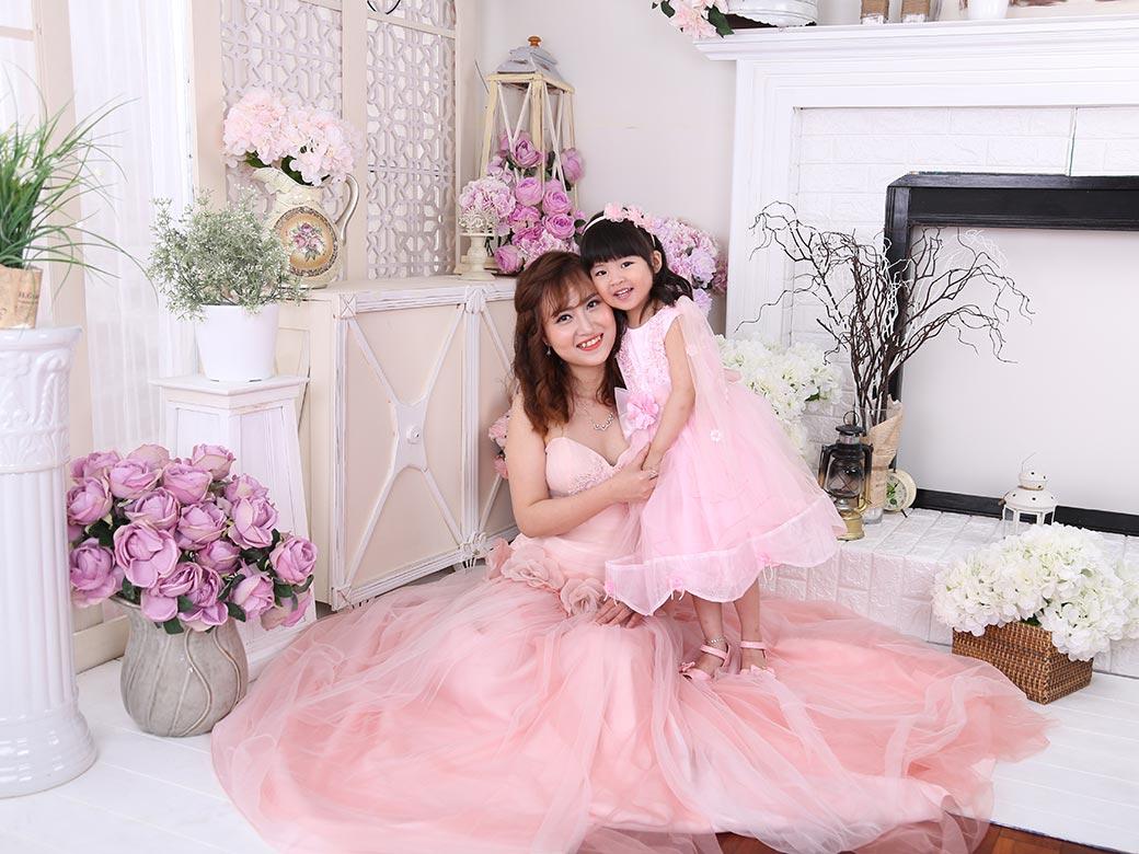 Chụp ảnh Tết cho mẹ và bé tại Studio