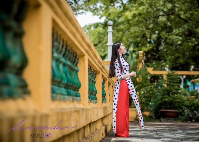 Chụp nghệ thuật áo dài trong phong cách hiện đại kết hợp truyền thống