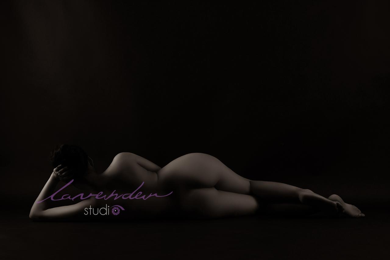 chụp hình nude nghệ thuật